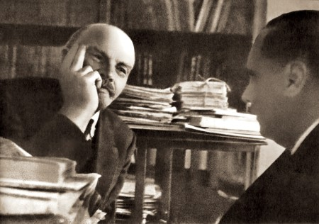 Lenin with HG Wells (1920)