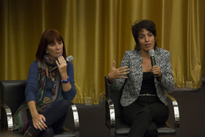 Architects Patricia Rodríguez and Claudia Castillo address audience questions.