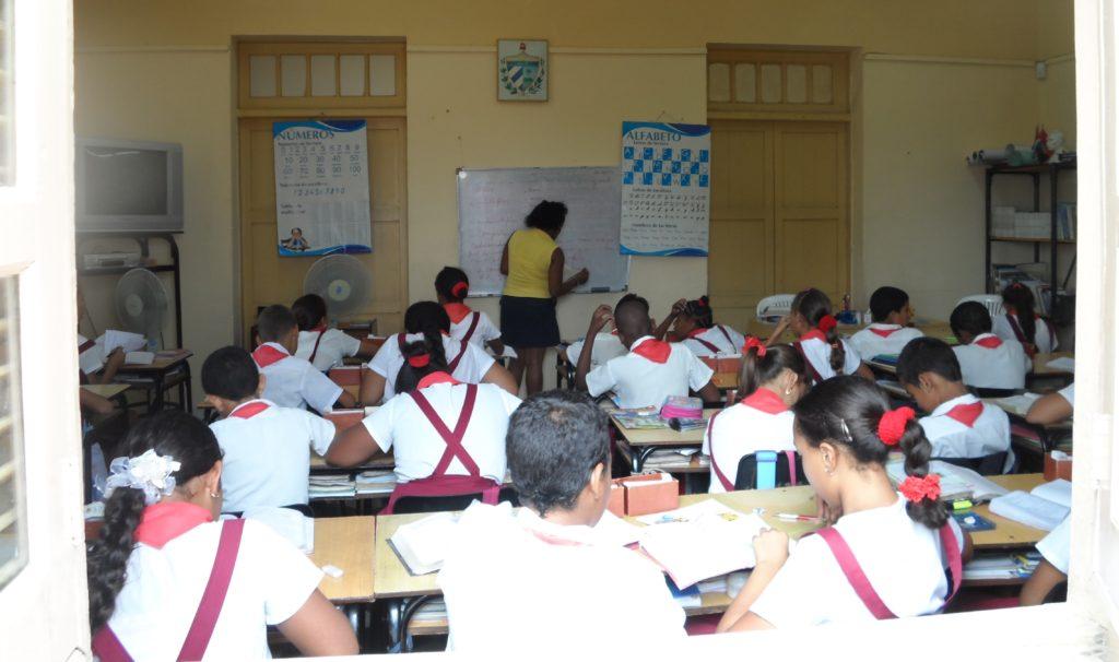 Class in process in Santiago de Cuba
